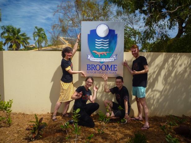 BroomeSeniorSign